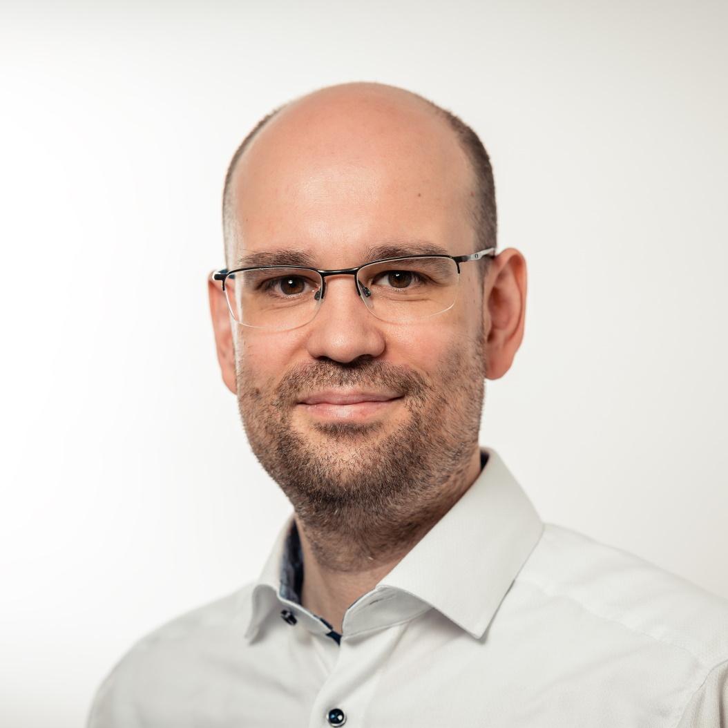 Dr. Daniel Mark